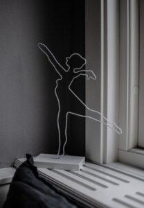 Storefactory ballerinaskulptur