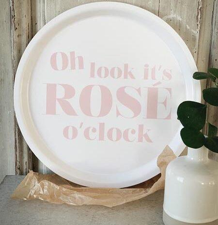 Bricka Rose o'clock