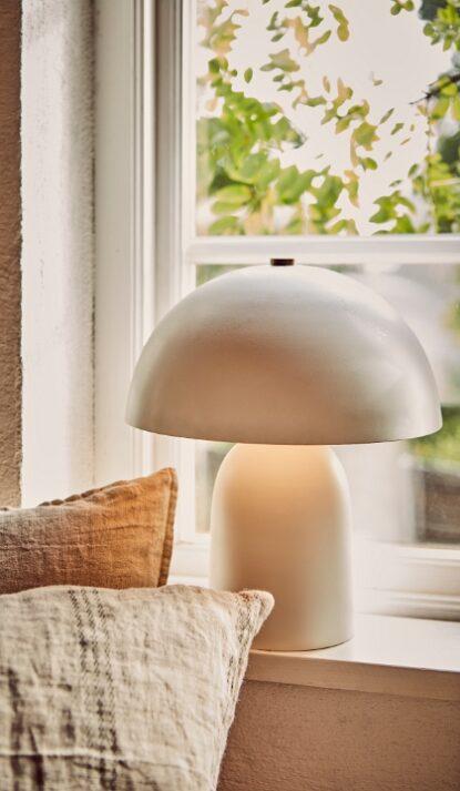 Lampa Fungi vit