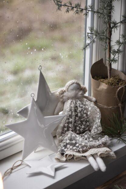 Ib Laursen Ängel Clara vit spets småblommor stor 2